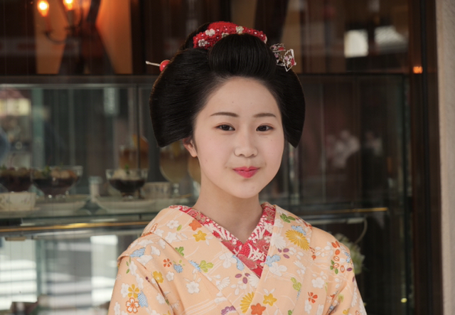 11月22日(日)柚子葉さんを応援する紅葉の撮影会