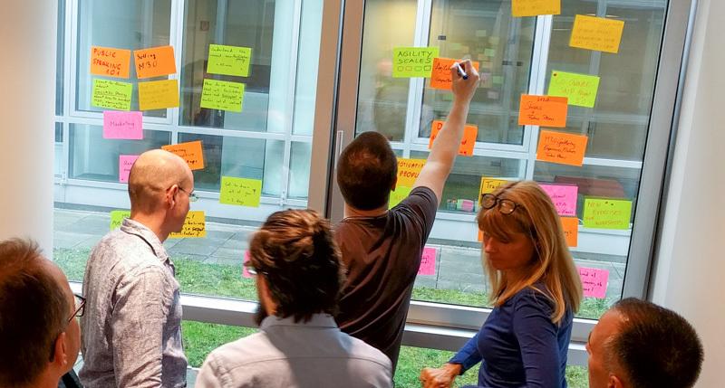 リーン・チェンジマネジメント - チーム・組織に変化を起こす!オリジナルのチェンジ・フレームワークを構築する方法