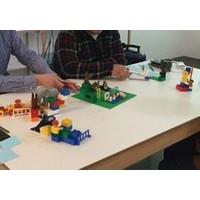 静岡 レゴ®シリアスプレイ®ワークショップで社員の潜在能力を呼び覚ます!