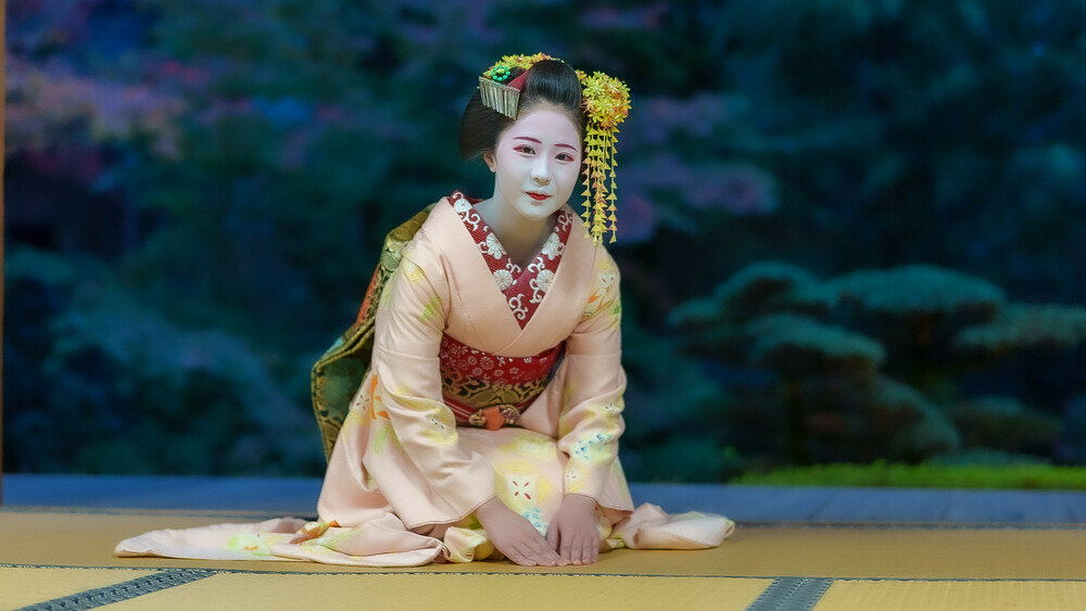 7月18日(日)二人舞妓さん!柚子葉さんと佳つ笑さん応援の舞の鑑賞と撮影会